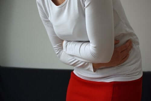 Symptoms of Ovarian Pain During Menopause