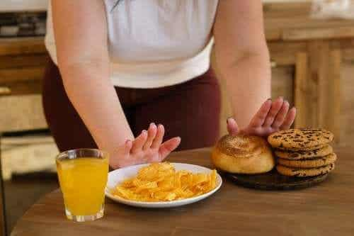 Ten Types of Food to Avoid for Glucose Balance