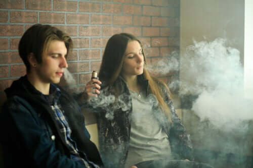 Electronic Cigarettes: Safety Concerns