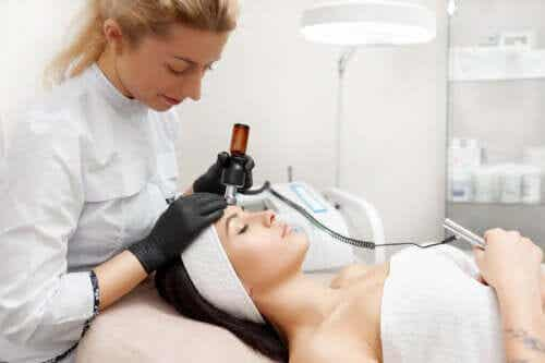What Are the Benefits of Facial Radio-Frequency Skin Tightening?