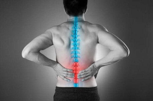 Four Natural Ways to Relieve Low Back Pain