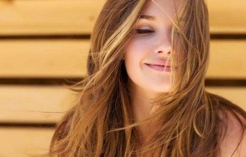 A woman with nice hair.