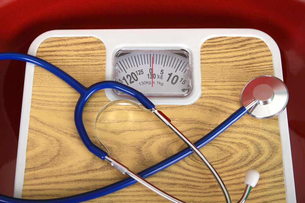 Being overweight is a common risk factor for heart attacks.