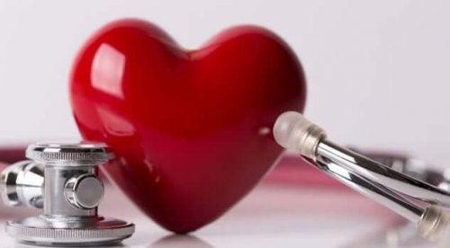 A plastic heart.