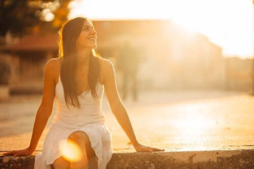 happy woman at sunrise