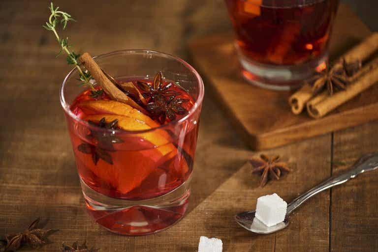 How to Make Orange-Cinnamon Iced Tea