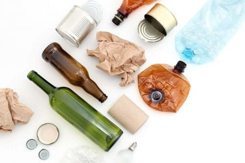 8 Reusable Materials You Might Having Lying Around
