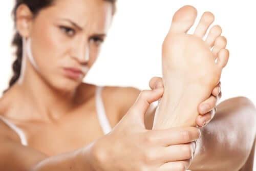 General Diabetic Foot Care Tips