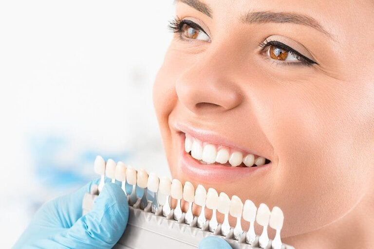 Teeth Whitening Procedures - Description and Types