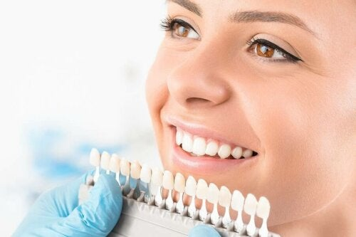 Teeth Whitening Procedures – Description and Types