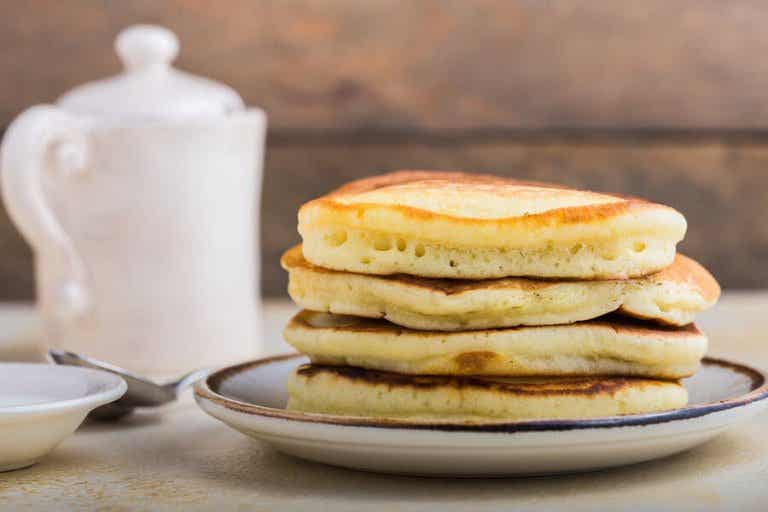 Gluten-Free Banana Hot Cakes with Two Ingredients