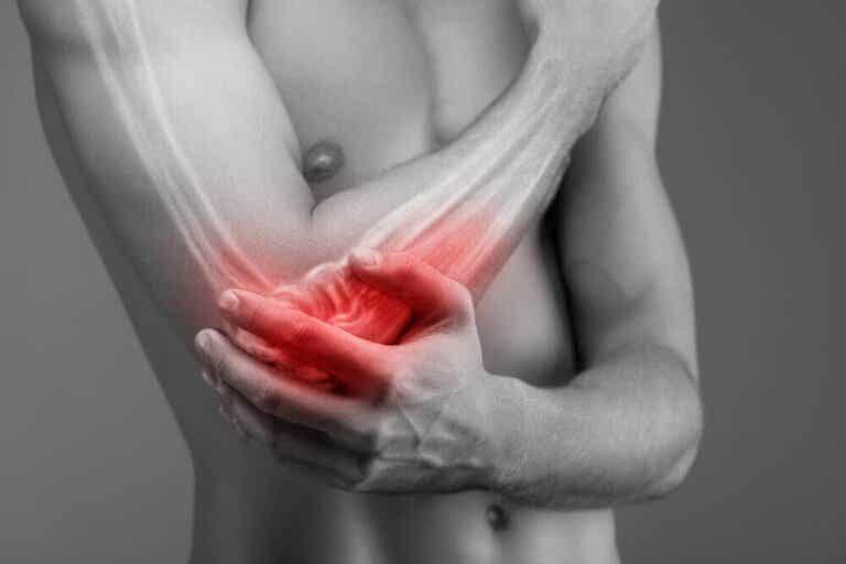 Symptoms and Diagnosis of Tennis Elbow