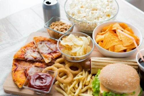 Different kinds of junk food, which you should avoid during your period.