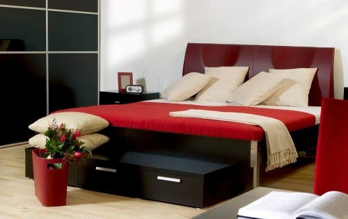Red color trends for a bedroom.