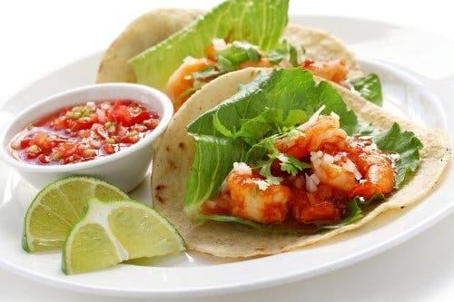 How to Prepare Delicious Shrimp Tacos: 3 Recipes