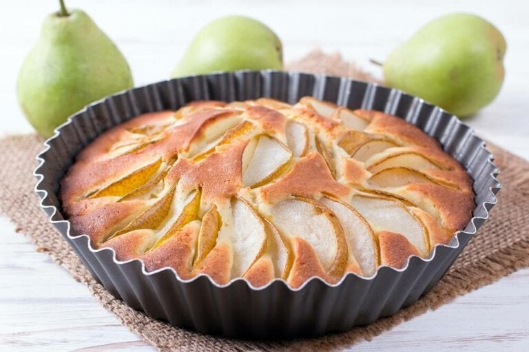 How to Make a Sugar-Free Pear Pie