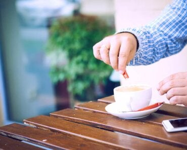 6 Artificial Sweeteners to Limit Your Sugar Intake