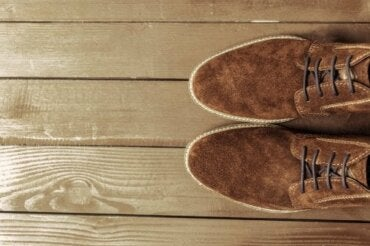 How to Clean Suede Shoes: Useful Tips