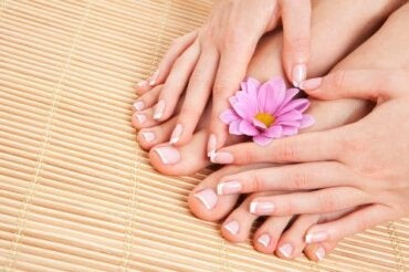 Remedies for Hangnails: 4 Natural Options
