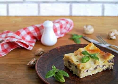 How to Make Vegan Lasagna: 2 Delicious Recipes