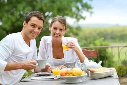 Two people having breakfast.
