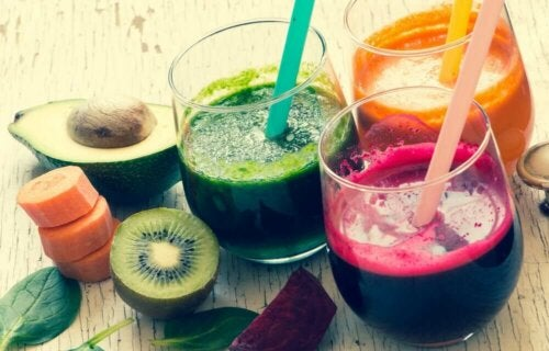 Different colored fruit juices in glasses, a source of glucose your body can assimilate.