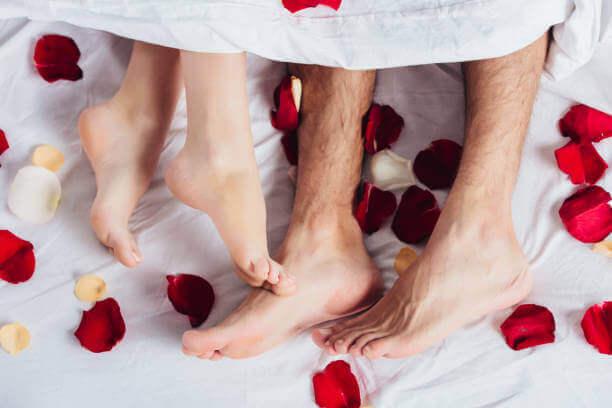 Feet and flower petals.