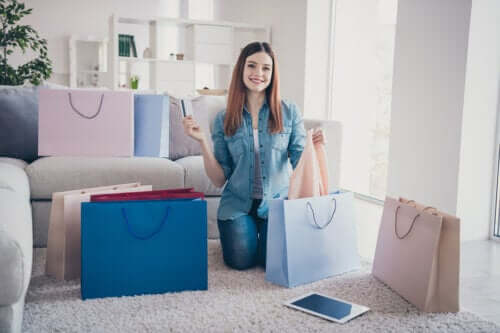 4 Signs You're Addicted to Shopping