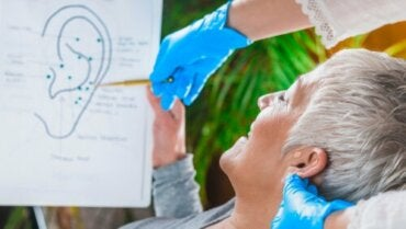 Stimulating the Vagus Nerve of the Ear
