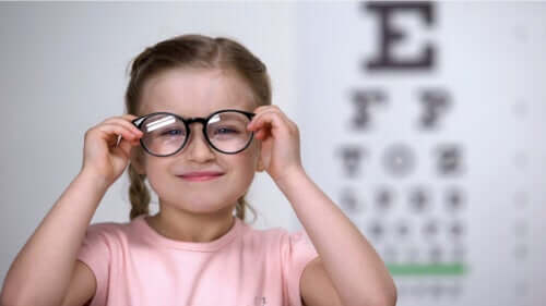 How to Detect Astigmatism in Children