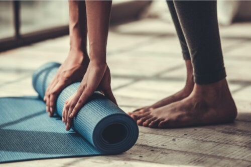 Four Simple Pilates Exercises for Beginners