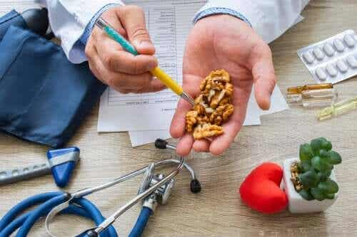 Did You Know That Walnuts Reduce Blood Pressure?