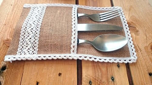 Cutlery holder with burlap.