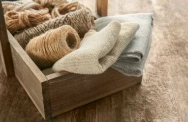 Decorating with Burlap: 5 Tips for Your Home
