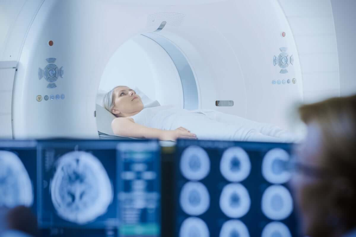 Woman undergoing radiotherapy diet has an impact.