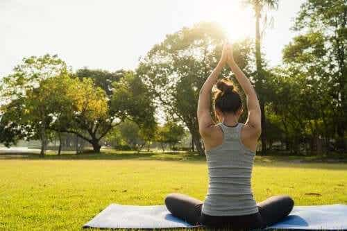 6 Yoga Exercises to Achieve Better Rest
