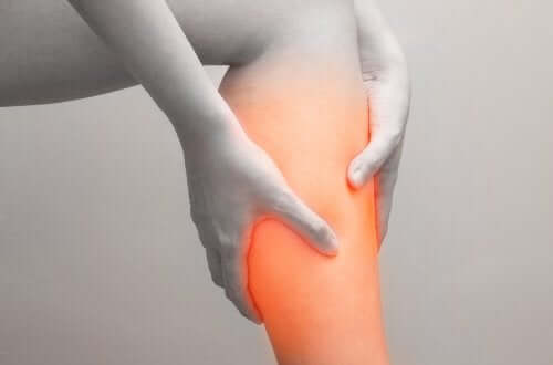 What Are Calf Muscle Injuries and How Are They Treated?