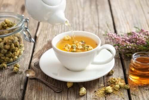 The Properties and Benefits of Chamomile Tea
