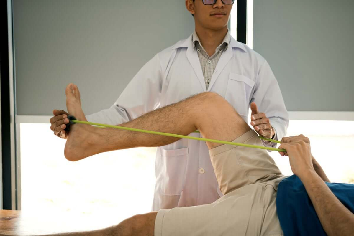 Rehabilitation with bands.