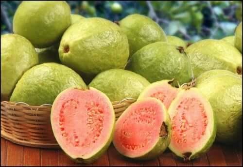 Guavas in a basket.