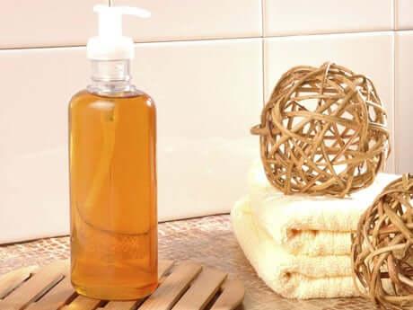 Liquid soap.