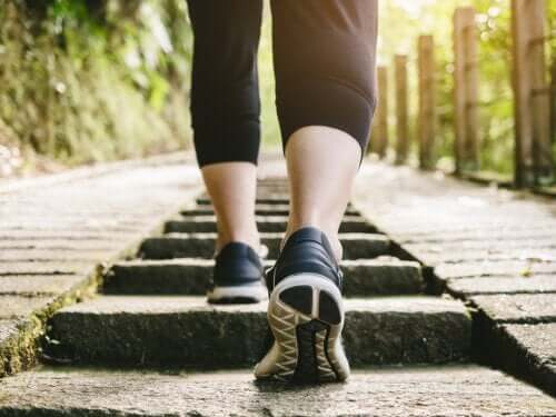 Is Walking After Eating Healthy?