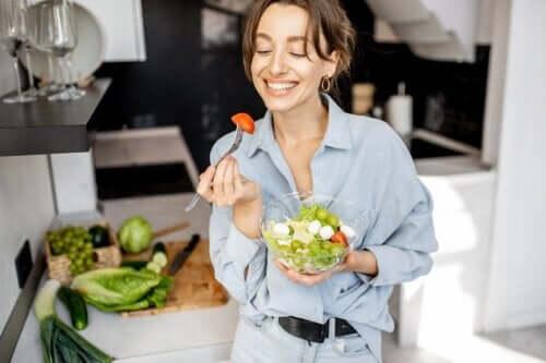 7 Supplements That Vegans Should Take