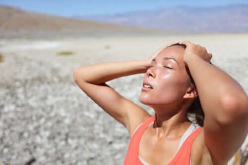 Hitzschlag ist eine Ursache für einen Kälteschock.