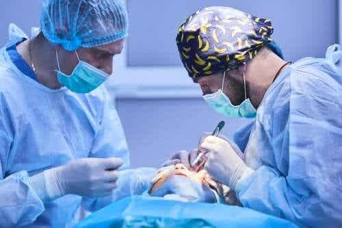 Cataract Surgery: What's It Like?