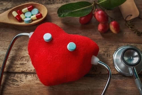 A heart toy.