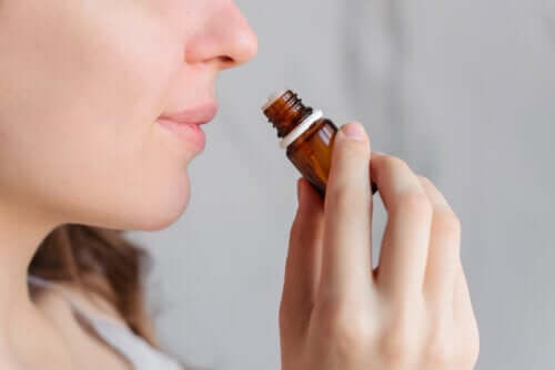 Does Aromatherapy Help Relieve Menstrual Pain?