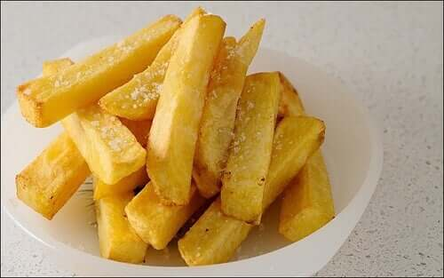 French fries are one of the main sources of acrylamide.