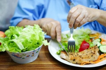 Diet and Lupus: What to Eat and What to Avoid