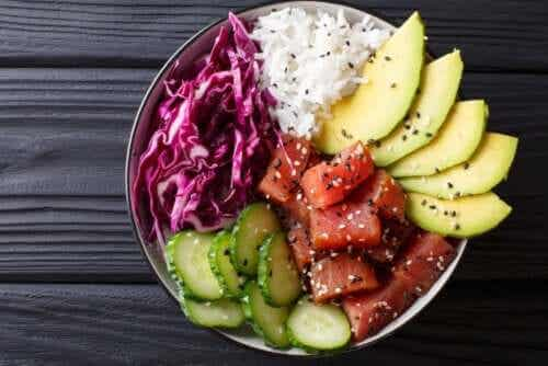 How to Make Poke, A Very Popular Food
